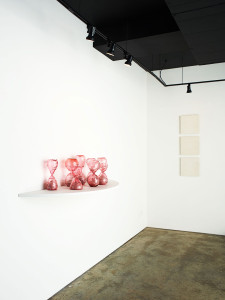 Gallery view of contemporary art glass sculpture by Zoe Buckman on display at Garis & Hahn in New York.